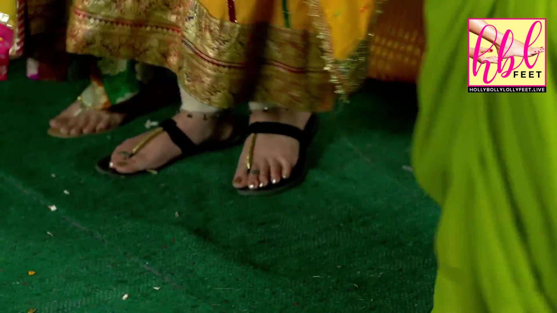 Javeria Abbasi Feet Closeup Glimpse