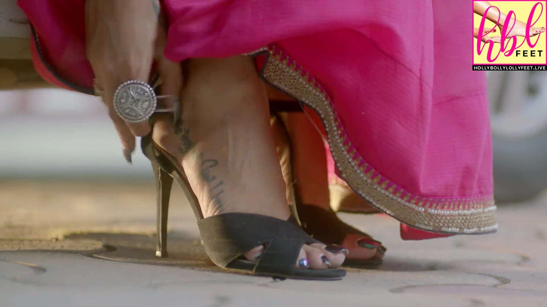 Pavitra Punia Feet closeup